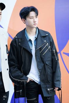 Why is he ruining me with his looks? I'm being attacked 24/7 even when he doesn't do anything... save me | Monsta X I.M / Changkyun |