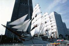 Sail Training Ship NIPPON MARU and Yokohama Port Museum