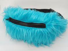 Riñonera azul, Blue Fanny pack, Faux fur fanny pack, Rave bag, Furry fanny pack, Alternative fanny pack de FisionGirl en Etsy