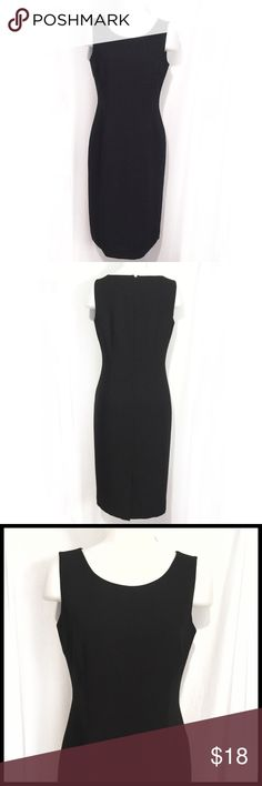 Classic Black Pencil Dress Lined By Jones SZ 6 Classy and sophisticated black dress by Jones New York. The design is a classic Pencil dress with sophisticated appeal. Elegant thick material, fully lined, and in excellent condition. Jones New York Dresses