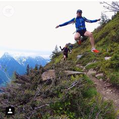 I want to fly like a Dirtbag...to the sea...Fly like a Dirtbag let this six pack of PBRs carry me.... pc: @ar_collective  #dirtbagrunners  #trailrunning  #happyweekend