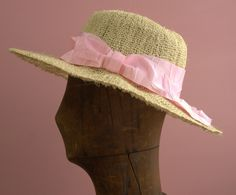 Wide brim hat made of hemp for Pretty Girl.