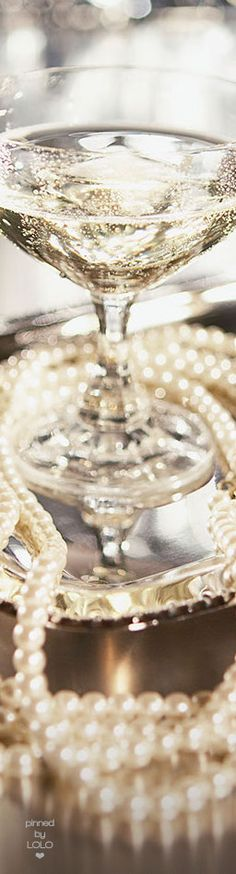 Champagne and Pearls |  LOLO❤︎