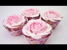 Russian piping tips, how to use russian tips diy easy DESSERT IDEAS. How to decorate cupcakes with buttercream flowers, buttercream roses, and buttercream tu. Cake Decorating Techniques, Cake Decorating Tutorials, Cookie Decorating, Frosting Tips, Frosting Recipes, Cupcake Piping, Cupcake Cakes, Buttercream Roses, Rose Frosting