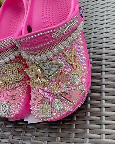 Crocs Fashion, Fashion Slippers, Pink Barbie, Barbie Life, Nicki Minaj, Bling Bling, Baddies, Jordans, Purses
