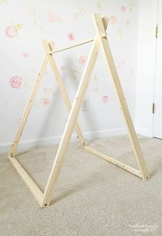 DIY A Frame Tent - Bauernhaus Indoor Style Kids Camping Zimmer - - DIY A Frame Tent – Bauernhaus Indoor Style Kids Camping Zimmer Kinderwelt DIY A Frame Zelt – Bauernhaus Indoor Style Kinder Camping Zimmer Diy Tipi, Diy Teepee Tent, Bed Tent, Play Teepee, Teepee Party, Camping Parties, Slumber Parties, Sleepover Room, Slumber Party Birthday