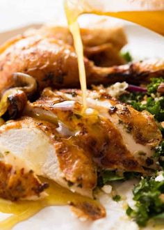 Lemon butter white wine pan juices being poured over sliced Roast Chicken. Oven Roasted Chicken, Roast Chicken Recipes, Turkey Recipes, Dinner Recipes, Lemon Herb Roasted Chicken Recipe, Dinner Ideas, Smoked Chicken, Dinner Entrees, Chicken Marinades