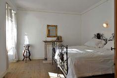 White room in Villa Puller - Roletto www.dimoredarte.com