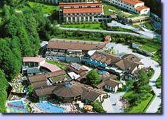 Quellenhotel, Austria Austria, Relax, Mansions, House Styles, Home Decor, Decoration Home, Manor Houses, Room Decor, Villas