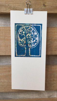 Hand printed greetings cards create in 2019 Linoleum Block Printing, Gelli Printing, Screen Printing, Gelli Arts, Stamp Carving, Linoprint, Linocut Prints, Funny Art, Prints For Sale