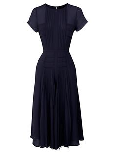 Swans Style is the top online fashion store for women. Shop sexy club dresses, jeans, shoes, bodysuits, skirts and more. 1940s Fashion, Vintage Fashion, Girl Fashion, Classy Outfits, Chic Outfits, Vintage Dresses, Vintage Outfits, Dress Skirt, Dress Up