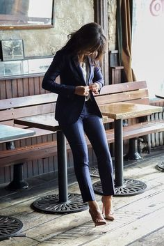 Fitted navy suit.