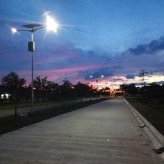 Visit http://ift.tt/2inTuCM for futher info about : #solarpanel #chargecontroler #ledstreetlight #valveregulatedleadacid #tianglampu  Kami melayani pemesanan dan pemasangan untuk seluruh daerah di indonesia.  Info lebih lanjut wa : 081316888609  #kontraktor #pembangunan #lampujalan #pembangkitlistrik #tenagasurya #jualsolarpanel #jualsolarpaneljakarta #jualsolarpanelpapua #jualsolarpanelkalimantan #pompatenagasurya