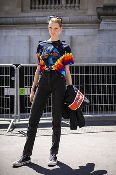 22 Outfit Ideas That Revolve Around a Pair of Black Jeans