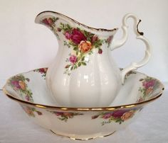 """--ROYAL ALBERT """"Old Country Roses"""" Handled Ewer & Basin """"Beautiful""""  The basin measures 10"""" x 10"""" in diameter & 3 1/4"""" tall. The pitcher is 7"""" tall from tallest point & 8"""" wide."""