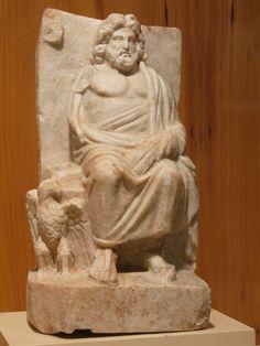 Statue degli Dei dell'Olimpo - Statua di Zeus rinvenuta a Nicomedia in Bitinia - Museo archeologico di Istanbul Cerca con Google