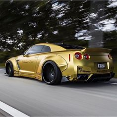 I love this GTR! And I give all the respect I can to Dom, @gtr_dom and his brother . Rest in peace and let nothing but cardreams disturb you! <>-<>-<>-<>-<>-<>-<>-<>-<>-<>-<>-<> Credits to @gtr_dom  Show respect by commenting RIP❤Dom  #gtrdom #gtr #nissan #goldwrap #libertywalkgtr #libertywalk #lbworks #fast #speed #rims #car #racing #hypercars #jdm #sportcars #gtcars #roadbeast #lowlife