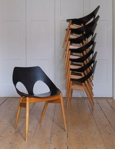 C2 Jason chairs designed by Carl Jacobs in 1950 for Kandya.
