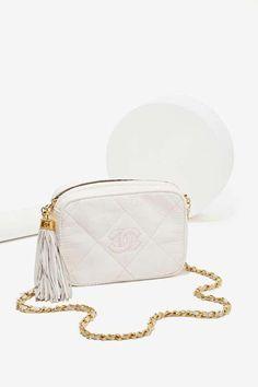 70f6eb302 chanel handbag silver hardware #Chanelhandbags Vintage Handbags, Vintage  Bags, Vintage Chanel, Vintage