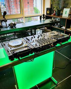 Dj Table, Dj Setup, Pioneer Dj, Dj Equipment, Recording Studio, Console, Audio, Sad, Lovers