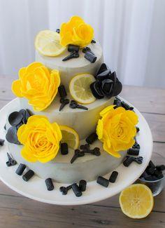 Lemon licorice cake