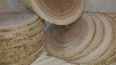 Various types of wood slices over diameter to be used for wood craft projects, bases, plaques, clocks, and more! Large Wood Slices, Gray Streaks, Log Slices, Make A Lamp, Dart Board, Types Of Wood, Pyrography, Rustic Style, Laundry Basket