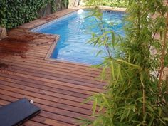 Floor tiles in the pool. I need to find out if this can be a DIY pool.  I like the size.