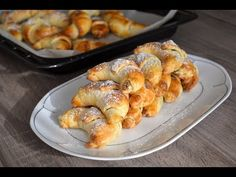 Bratislavské rohlíčky pana Dubčeka upekla Zdena Jedličková - YouTube Bread Dough Recipe, Baking Videos, Desert Recipes, Amazing Cakes, Shrimp, Sausage, Deserts, Treats, Cooking