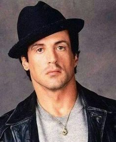 As in ROCKY  V Rocky Sylvester Stallone, Rocky Stallone, Rocky Balboa, Hollywood Actor, Hollywood Stars, Hollywood Actresses, Silvestre Stallone, Rocky Pictures, Rocky Film