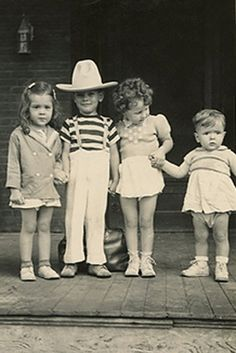 +~+~ Vintage Photograph ~+~+  Texas Kiddies