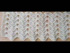 3 boyutlu üçgen şal örgu modeli yapımı Videosu tığ işi /Crochet : Punto en Relieve Combinado - YouTube