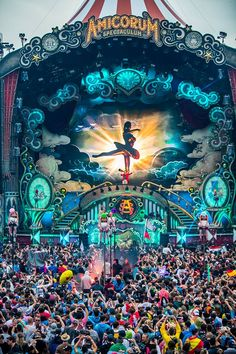 #Tomorrowland 2017 | #AmicorumSpectaculum