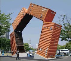 Yokohama Triennale - shipping containers