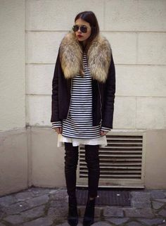 Overzised fur collar. Style for fall.