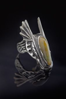 """The Eagle"" ring by Lucienne Buga - Contemporary jewelry application for Taboo Exhibition 2014"