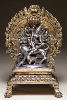 Durga Mahisasuramardini made of silver and bronze from southern india, maybe Karnataka Indian Gods, Indian Art, Bronze Sculpture, Sculpture Art, Hindu Statues, Digital Art Fantasy, Lord Vishnu Wallpapers, Durga Goddess, Durga Kali