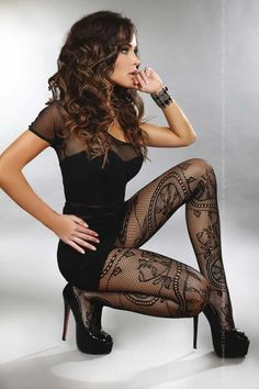 Black patterned pantyhose
