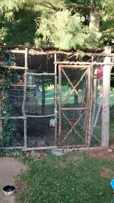 Backyard Chicken Coop Plans, Building A Chicken Coop, Chickens Backyard, Hoop House Chickens, Chicken Barn, Farm Lifestyle, Livestock Farming, Hobby Farms, Animal House