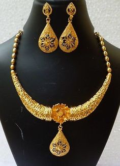 Bracelet Models - Details about Indian Gold Plated Wedding Necklace Earrings Party Set Variation - Popular Web Sites Bridal Party Jewelry, Bridal Necklace, 22 Carat Gold, Coral Bracelet, Turkish Jewelry, Pendant Earrings, Bracelet Designs, Earring Set, Jewels