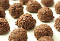 Raw Chocolate Crunch Hazelnut Macaroons