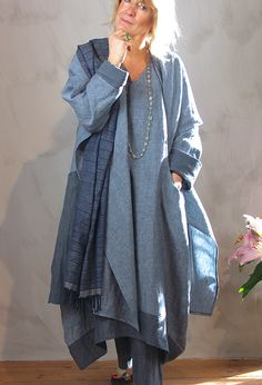 #Farbbberatung #Stilberatung #Farbenreich mit www.farben-reich.com New Edy Jacket in lightweight linen £295, over Emily Shift Dress £265, over Attius Trousers £215, with handwoven 'Khadi' Shawl, £72. (Various blues).