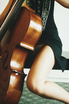 I <3 Cello! SO Sexy! Taught myself matchstick man the first week I picked it up. I want to get another cello and play again.