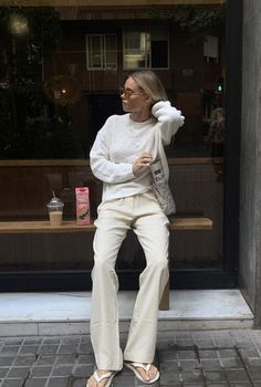 Rose, Claire, Khaki Pants, Dress Up, Cute Outfits, Normcore, Instagram, Style Summer, Street Style