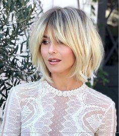32 Layered Bob Hairstyles : Add These Hot Layers to Your Haircut Now - Style My Hairs Short Hairstyles For Thick Hair, Short Hair Cuts, Bob Hairstyles, Medium Hair Styles, Short Hair Styles, Balayage Hair Blonde Medium, Choppy Hair, Corte Y Color, Great Hair