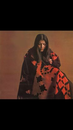 Listen to music from Mercedes Sosa like Alfonsina Y El Mar, Todo cambia & more. Find the latest tracks, albums, and images from Mercedes Sosa. Mercedes Sosa, Latino Americano, Divas, Simple Portrait, Native American Women, Rock Legends, Hair A, Online Images, Violin