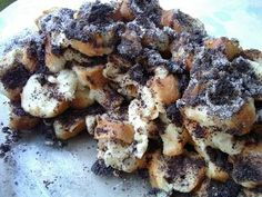 The holiday season is upon us and I'm happy to share a favorite Hungarian Christmas recipe, Mákos Guba (Bread Pudding with Poppy Seeds), 'prepared' for us by Chefparade Cooking School. Cake Recipes, Dessert Recipes, Hungarian Recipes, Hungarian Food, Guam, Cooking School, Lemon Lime, Fun Desserts, Poppies
