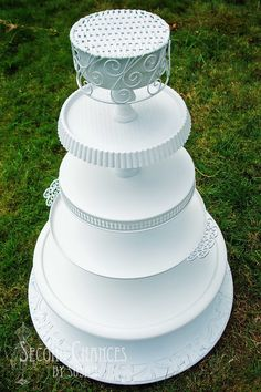 Second Chances by Susan: Shabby Chic Cupcake Stand