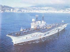 HMS Eagle (R05)