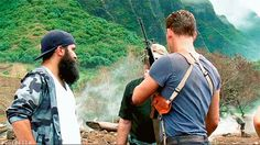 Tom Hiddleston and Jordan Vogt-Roberts on the set of Kong: Skull Island. (Gif by Torrilla: https://twitter.com/daisy_104/status/882305612469551104 )