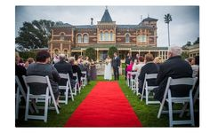 Affordable wedding photography services from professional wedding photographers.